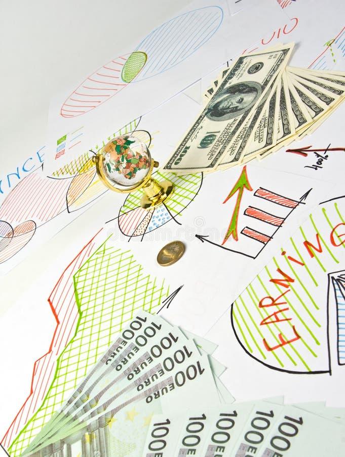 Bedrijfs diagrammen, bol en geld royalty-vrije stock afbeelding
