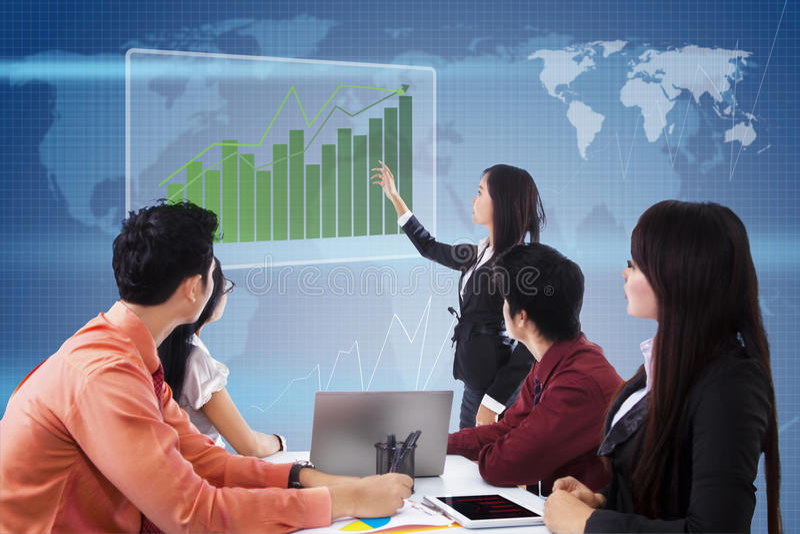 Download Bedrijfs Globale Vergadering En Presentatie Stock Foto - Afbeelding bestaande uit vraag, concepten: 29508664