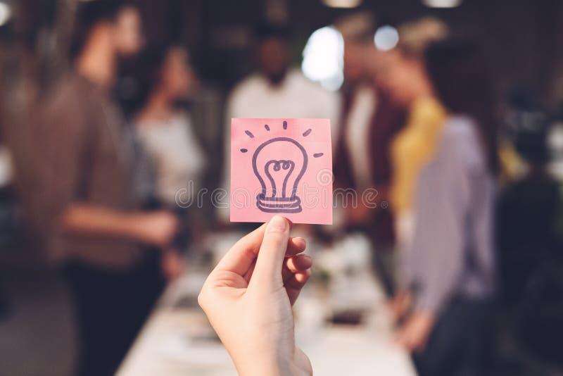 Bedrijfs ideeconcept Collega's die startproject bespreken stock afbeeldingen