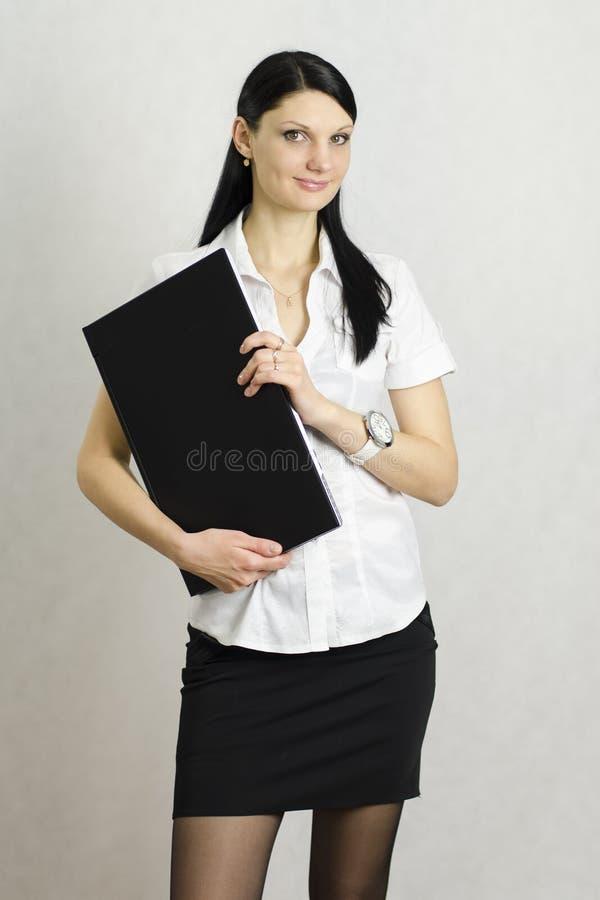Bedrijfs meisje met laptop royalty-vrije stock foto's