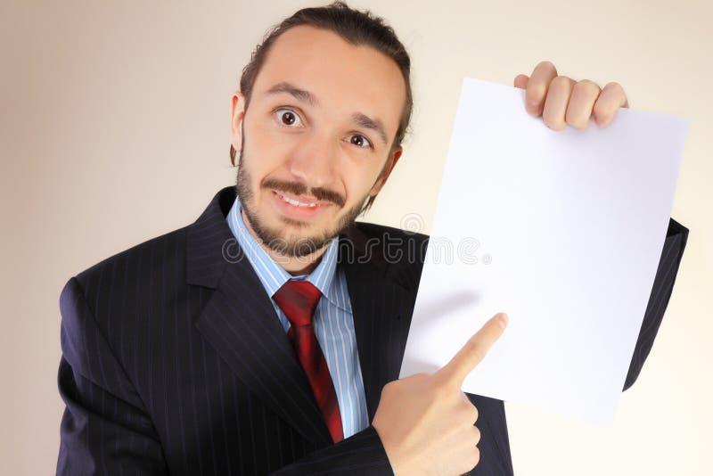 Bedrijfs mens met een lege witte kaart royalty-vrije stock foto