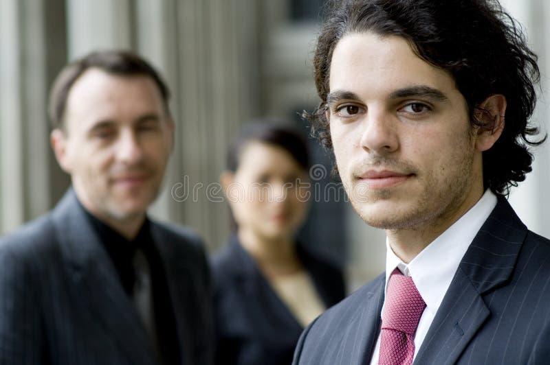 Bedrijfs Mensen buiten stock foto