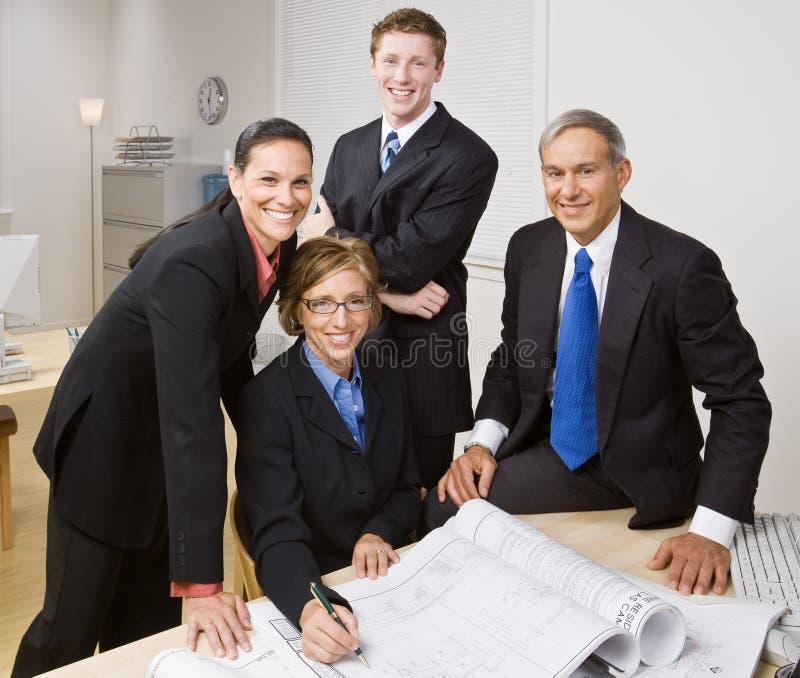 Bedrijfs mensen die samenwerken stock afbeelding