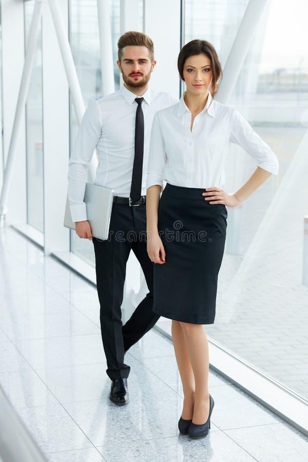 Bedrijfs mensen Succesvolle Partner Commercieel team royalty-vrije stock foto's