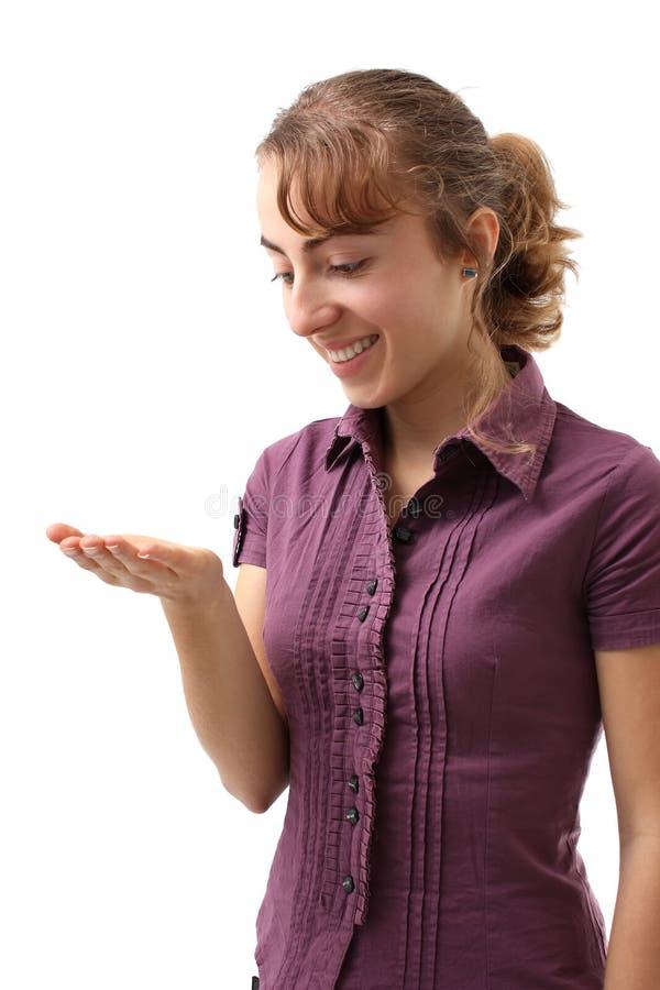 Bedrijfs vrouw die product toont stock fotografie
