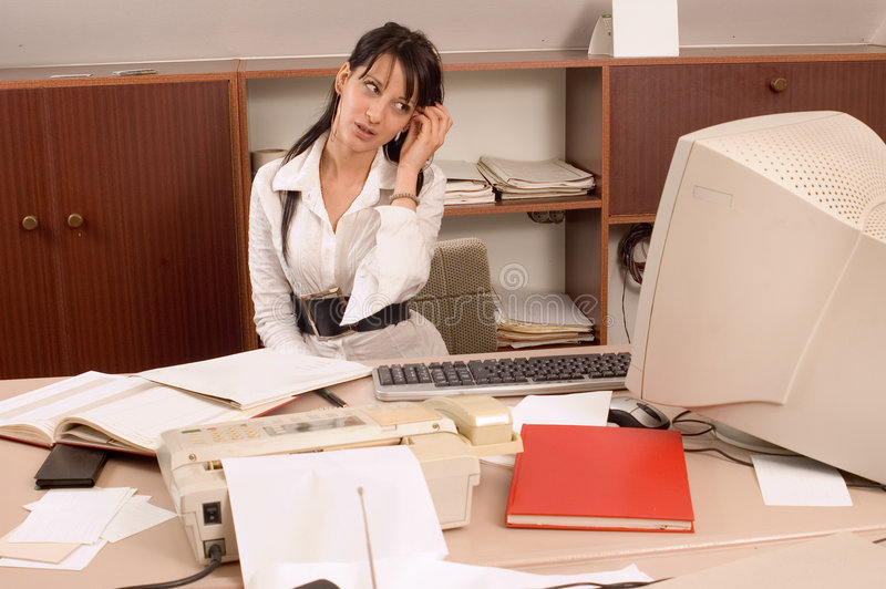 Bedrijfs vrouwen op kantoor stock afbeeldingen