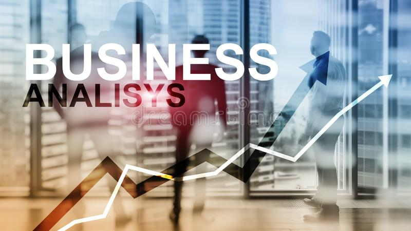 Bedrijfsanalysediagrammen en grafieken op het virtuele scherm Financieel en technologieconcept met vage achtergrond royalty-vrije stock afbeelding