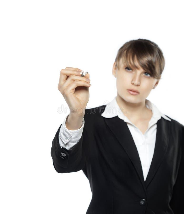 Bedrijfsdievrouw met het diagram van de pentekening, op witte achtergrond wordt geïsoleerd stock afbeeldingen