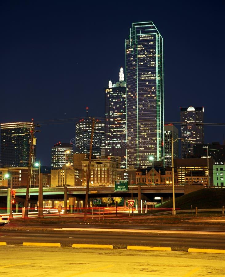 Bedrijfsdistrict bij nacht, Dallas, de V.S. stock afbeeldingen
