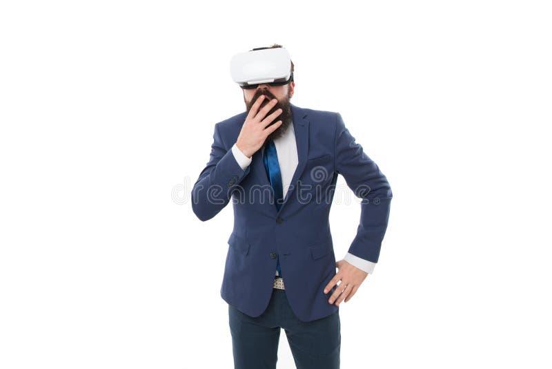 Bedrijfsinnovaties Moderne Zaken Digitale technologie en innovaties De zakenman verraste geïmponeerde kerel VR stock fotografie