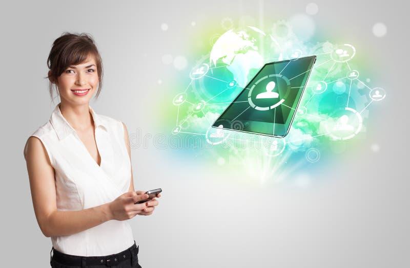Bedrijfsmeisje die het moderne concept van de tablettechnologie tonen stock illustratie