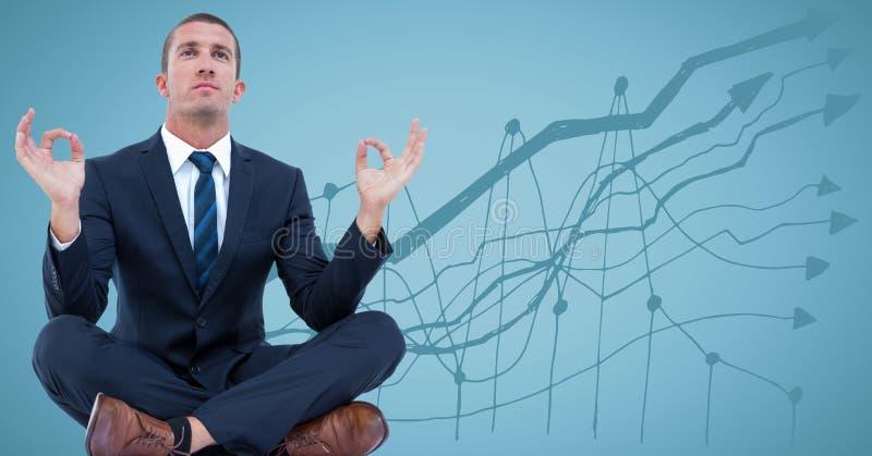 Bedrijfsmens die tegen blauwe achtergrond met grafiek mediteren stock afbeeldingen