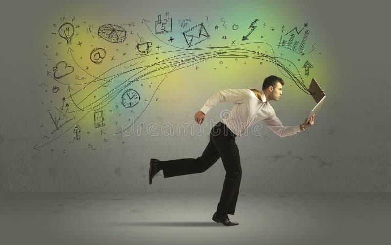 Bedrijfsmens in een stormloop met krabbelmedia pictogrammen stock foto
