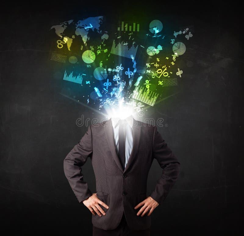 Download Bedrijfsmens In Kostuum Met Grafiek En Grafieken Stock Foto - Afbeelding bestaande uit pictogrammen, hersenen: 39100898