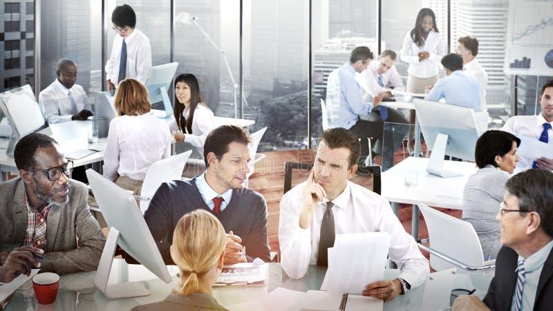 Bedrijfsmensenbureau het Werk Bespreking Team Concept stock foto's