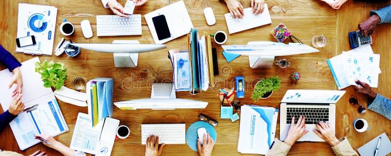 Bedrijfsmensentechnologie het Werk Bureauconcept stock afbeeldingen