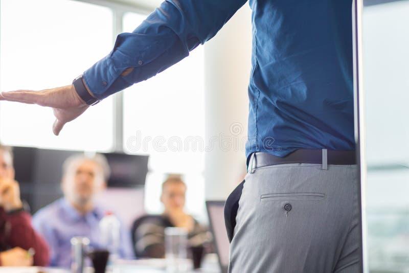 Bedrijfspresentatie op collectieve vergadering stock foto