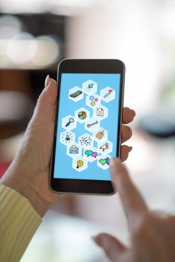 Bedrijfsstrategieconcept op een smartphone royalty-vrije stock foto's