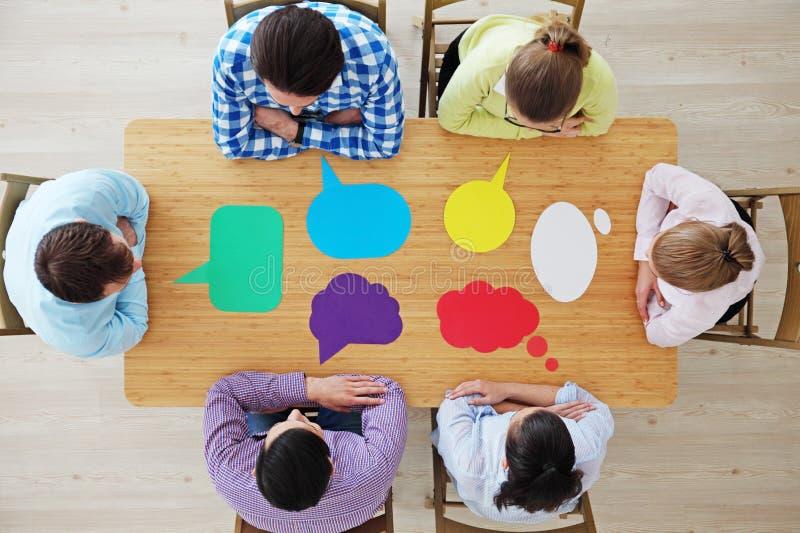 Bedrijfsteam en dialoogdozen stock afbeelding
