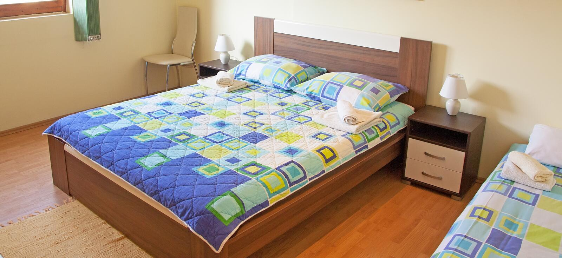 Download Bedroom stock image. Image of carpet, drawer, indoors - 29367341