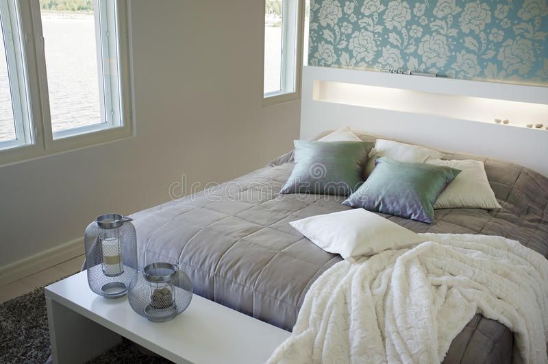 Download Bedroom stock photo. Image of double, pilows, room, contemporary - 33926642