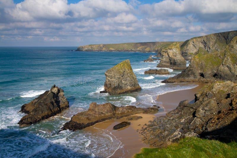 Bedruthan Kroczy Cornwall Anglia zdjęcie stock