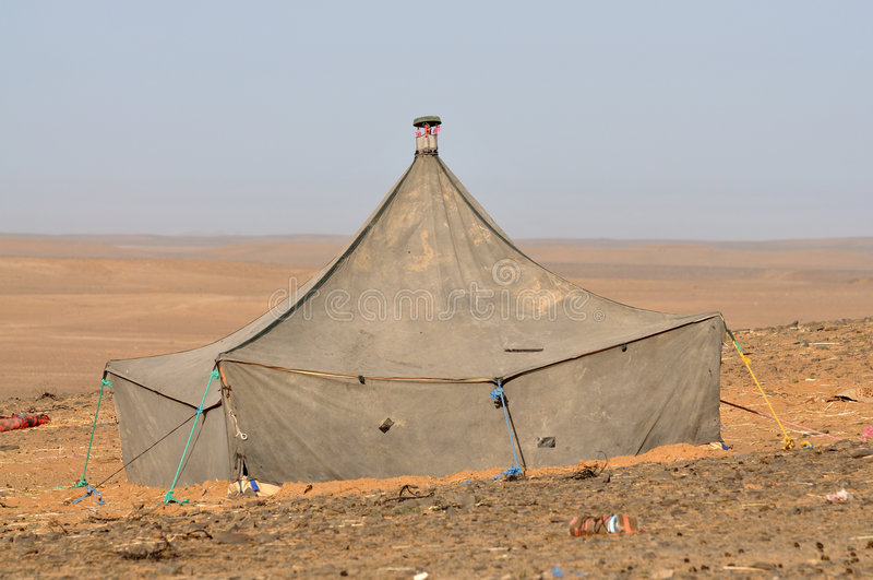 beduin dezerteruje Sahara namiot zdjęcie stock