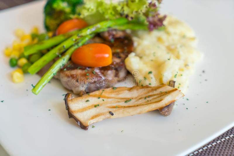 Beef steak with vegetables. royalty free stock image