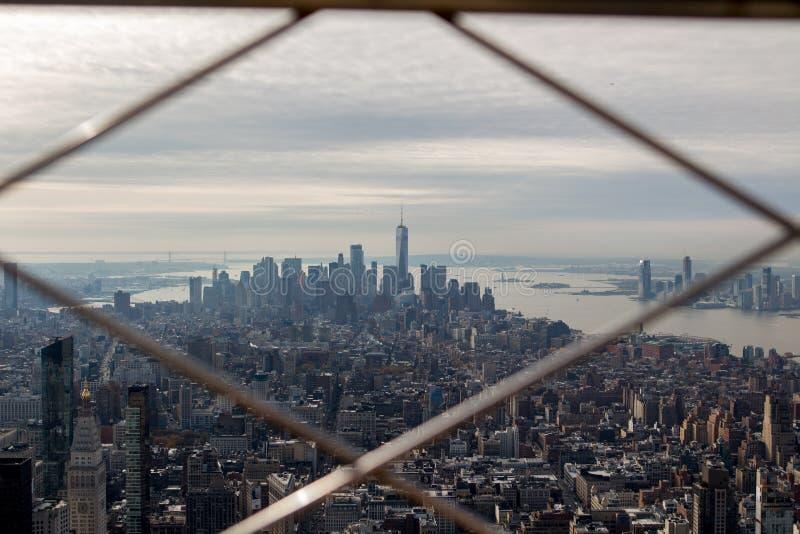Beeld uit het dek dat van de Empire State Buildingobservatie wordt genomen royalty-vrije stock foto's