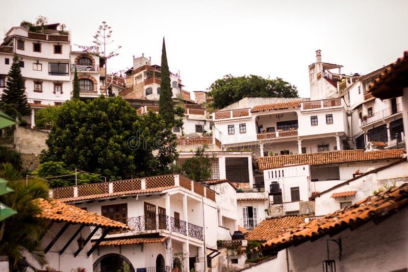 Beeld van de colrful stad van Taxco, Guerrero stock foto
