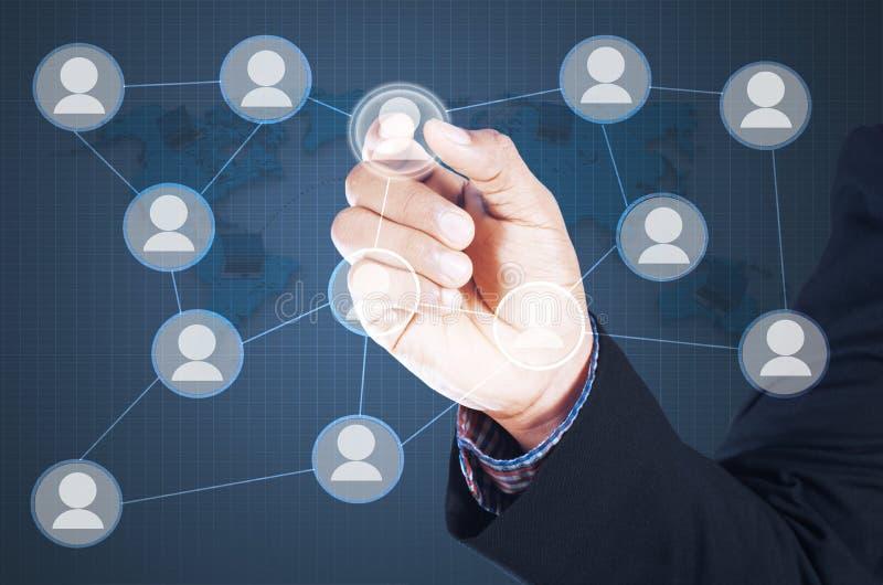 Beeld van de mens wat betreft pictogram van sociaal netwerk royalty-vrije stock foto's