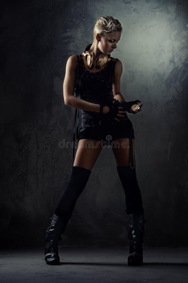 Beeld van een aantrekkelijk stoom punkmeisje. stock afbeeldingen