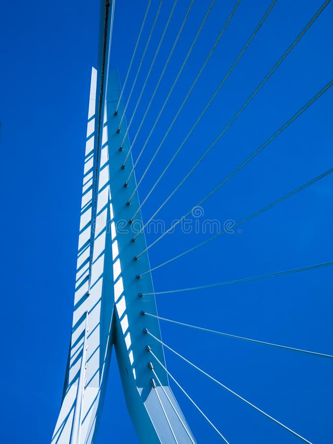 Beeld van een deel van Erasmus brug stock foto