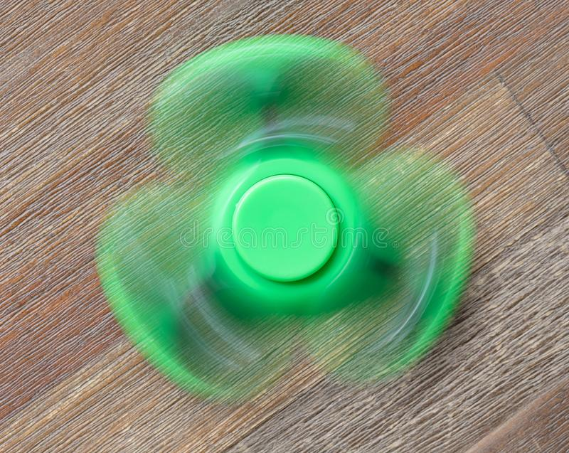 Beeld van Fidget de spanningsstuk speelgoed van de vingerspinner royalty-vrije stock afbeeldingen