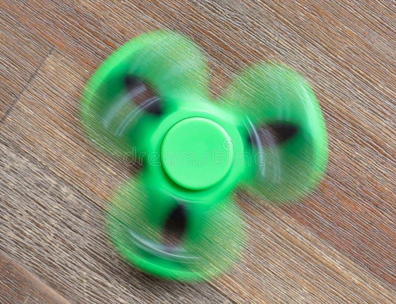 Beeld van Fidget de spanningsstuk speelgoed van de vingerspinner royalty-vrije stock foto