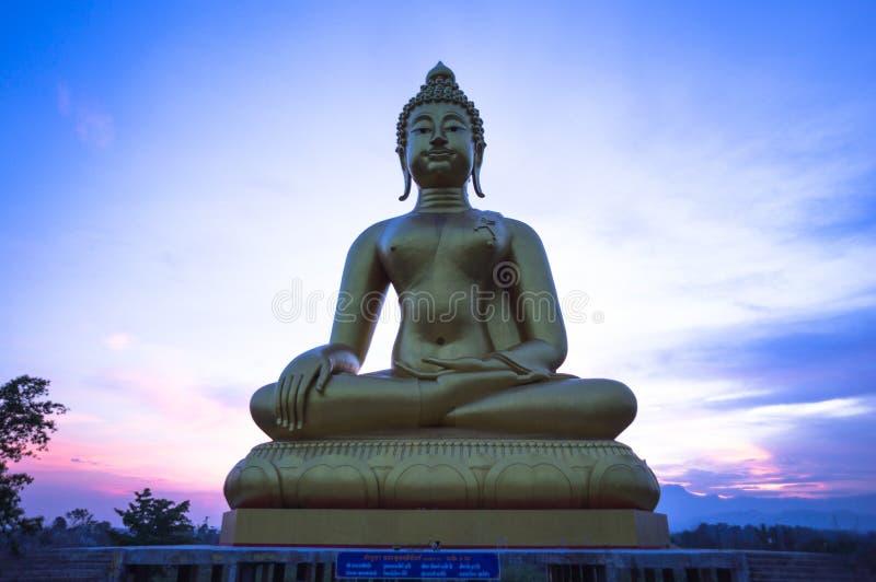 Beeld van Thaise Lanna Buddha stock fotografie