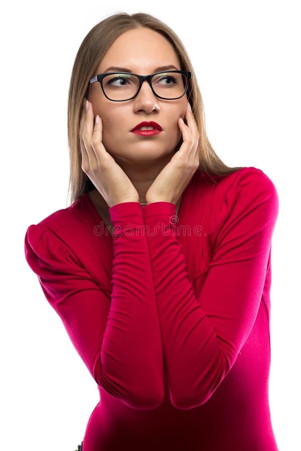 Beeld van vrouw met handen dichtbij gezicht stock foto's