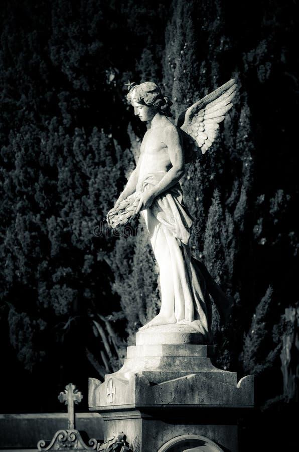 Beelden in de begraafplaats stock fotografie