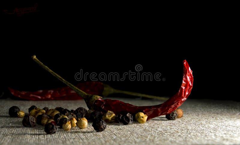 Beelden van de peper van Chili die in voedsel reclame kunnen worden gebruikt of het eenvoudig als behang kunnen worden gebruikt royalty-vrije stock fotografie
