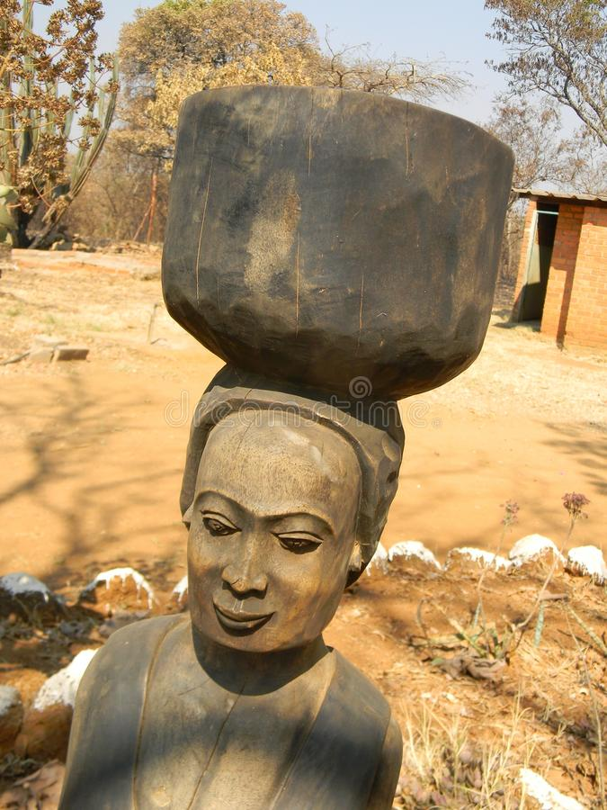 Beeldhouwwerk in Afrika gemaakt gemakkelijk royalty-vrije stock afbeeldingen