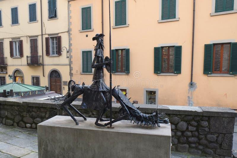 Beeldhouwwerk in Castelnuovo Di Garfagnana, Italië stock foto