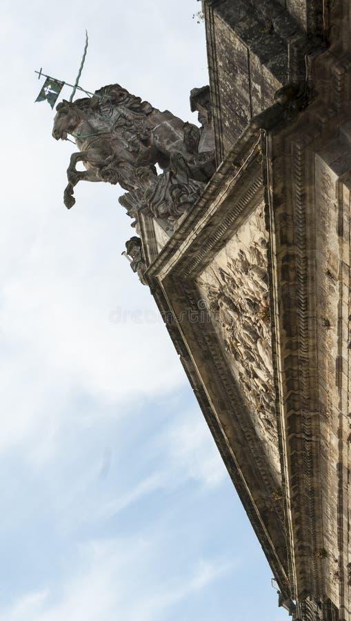 Beeldhouwwerk van Apostel Santiago stock foto