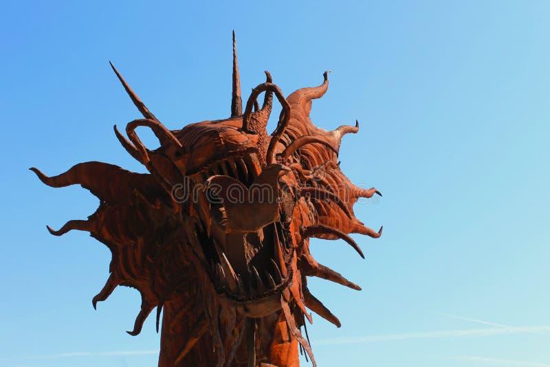 Beeldhouwwerk van de draak het hoofdkunst, het Park van de de Woestijnstaat van Anza Borrego stock afbeeldingen