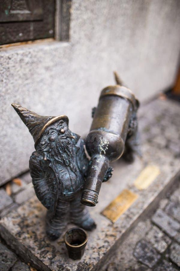 Beeldhouwwerk van dwergen stock afbeelding