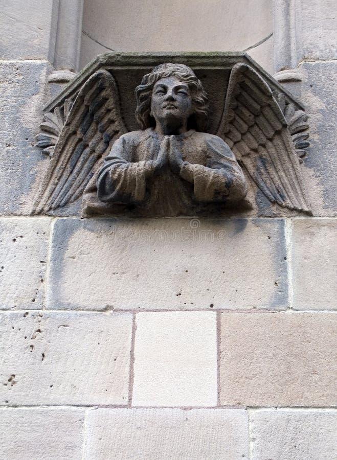 Beeldhouwwerk van een engel stock fotografie