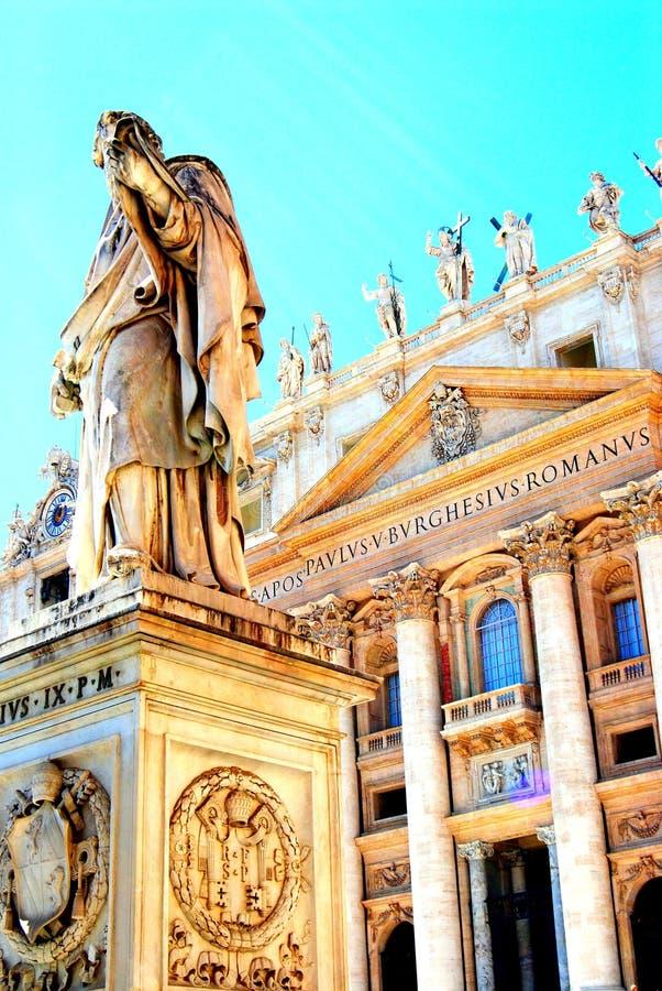 Beeldhouwwerken in St Peter Cathedral, de stad van Vatikaan, Rome, Italië royalty-vrije stock afbeelding