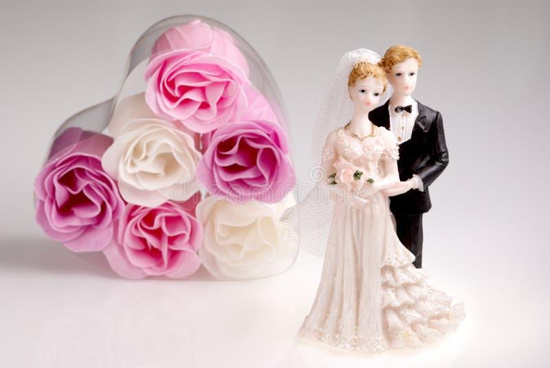 Beeldjes van huwelijkspaar stock foto