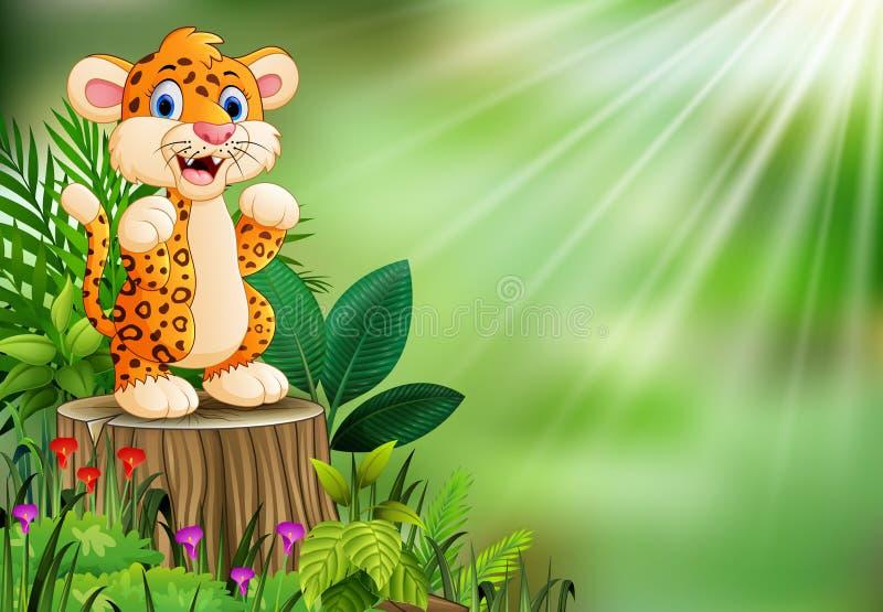 Beeldverhaal gelukkige luipaard die zich op boomstomp bevinden met groene installaties vector illustratie