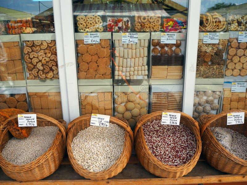 Beens i ciastka rynek w Sibiu zdjęcie stock