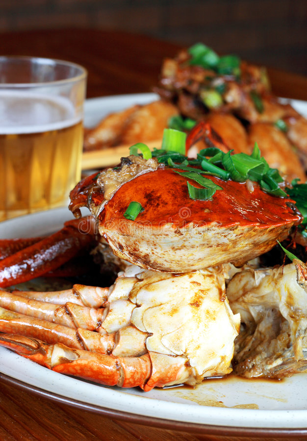 Download Beer And Crab Royalty Free Stock Image - Image: 4884896